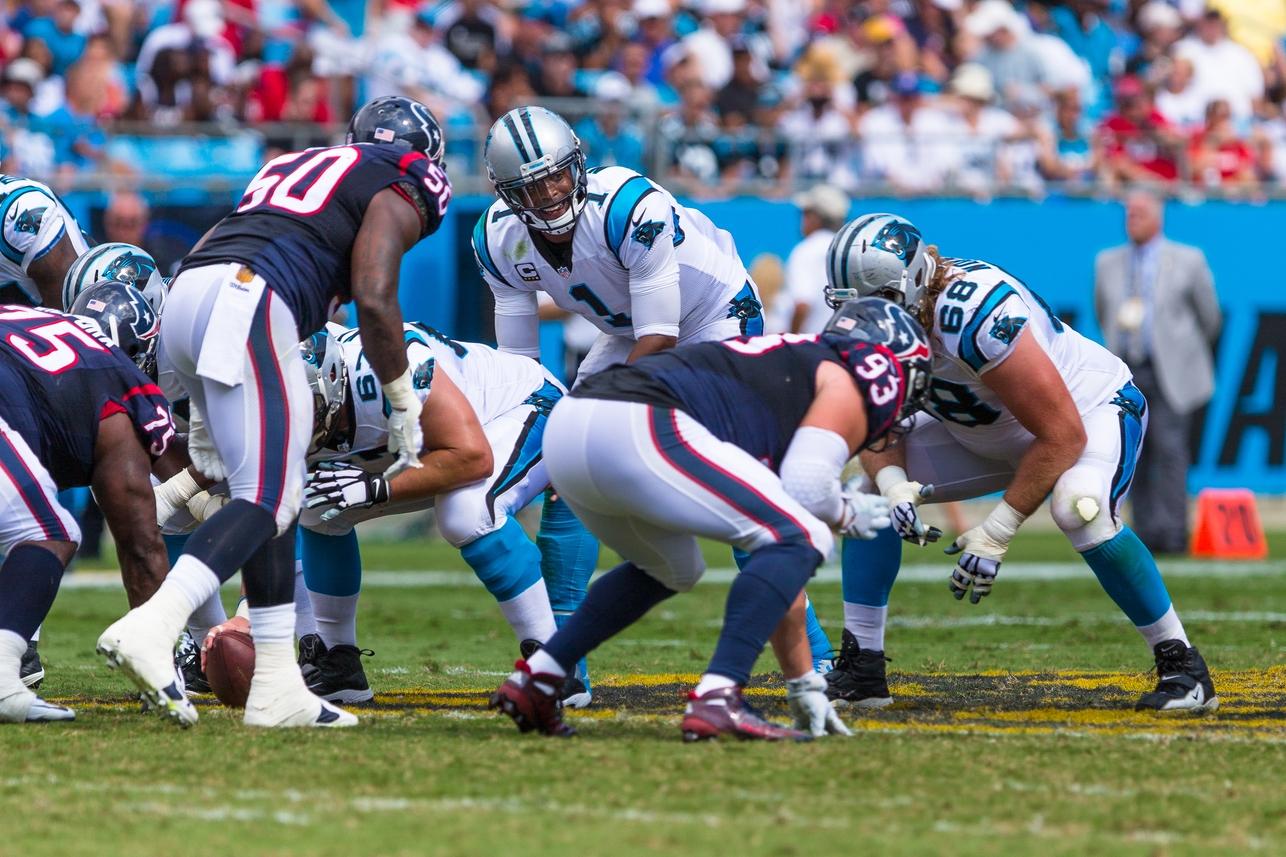 Carolina-Panthers-at-Bank-of-America-Stadium