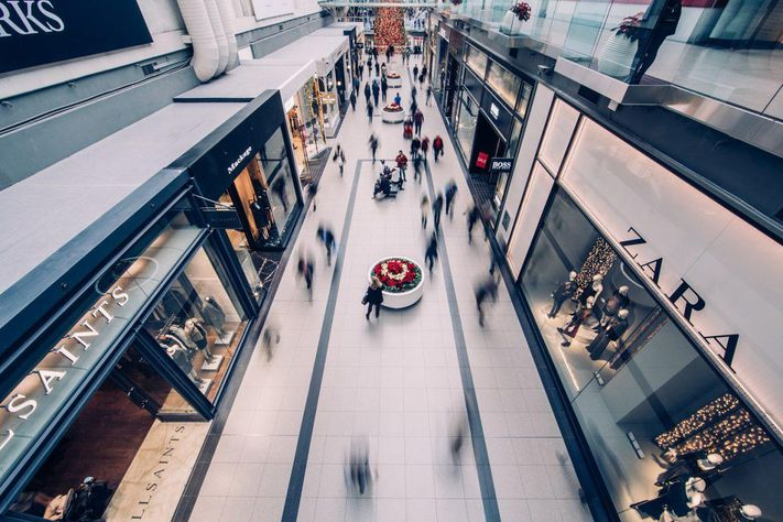 Why Mall Landlords Are Turning Empty Anchors into Fulfillment Centers